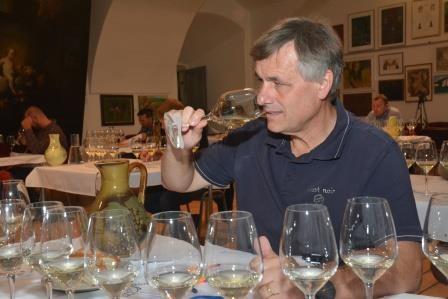 Hodnocení vín: dva královské ryzlinky a 14 nových vín VOC Znojmo