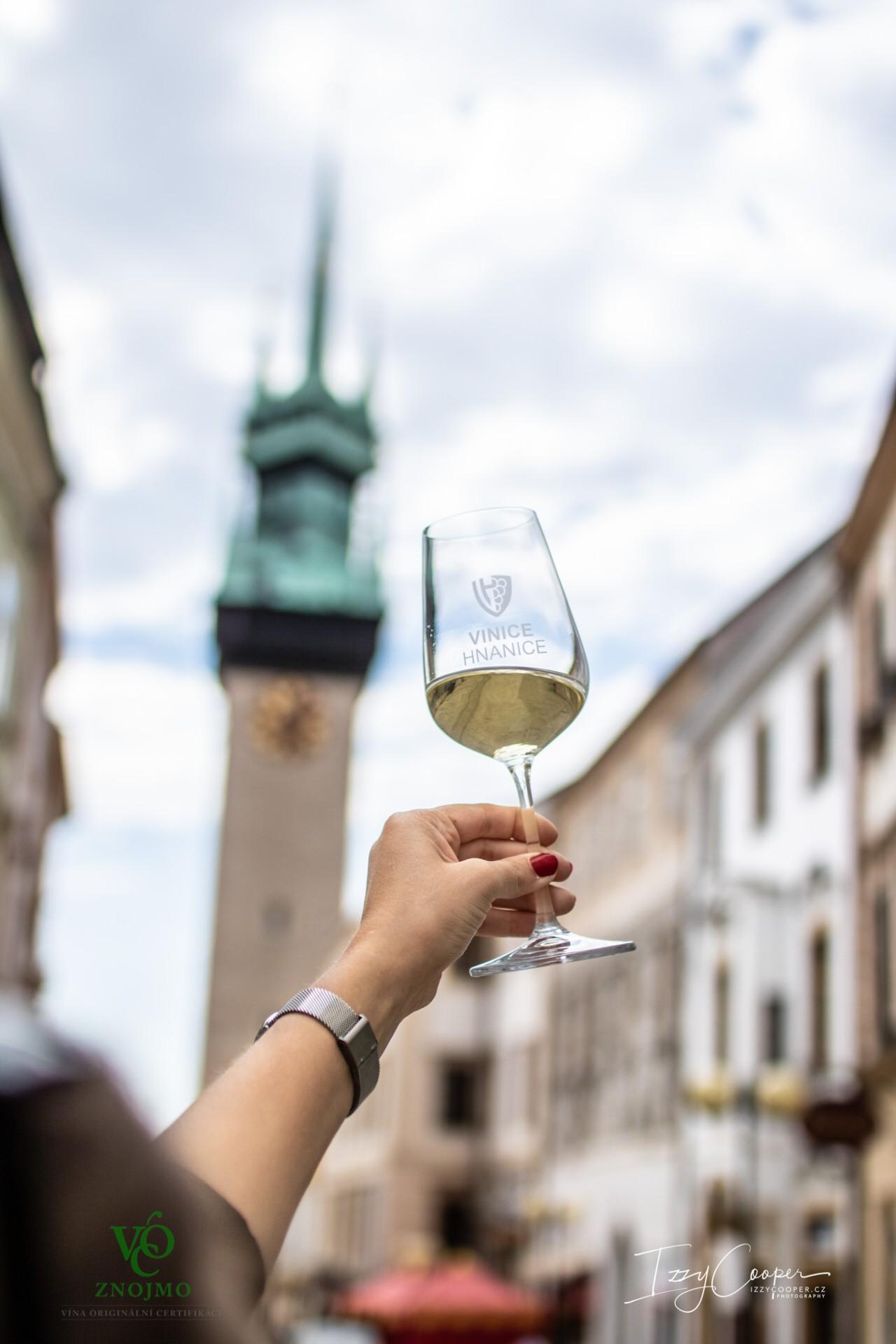 Květnový Festival vína VOC Znojmo láká na skvělá vína i novinky