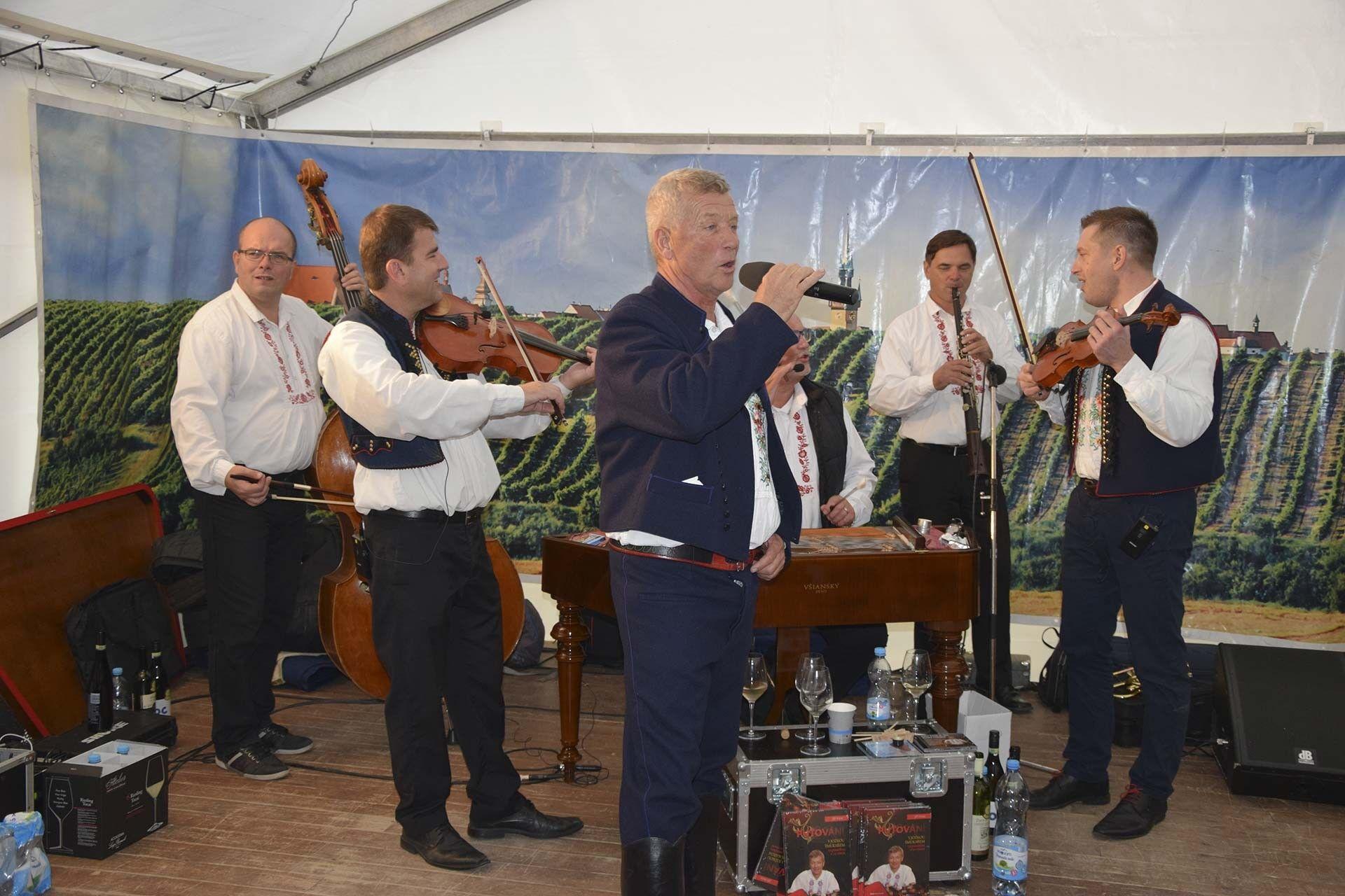 Festival znojemských vín míří do Prahy